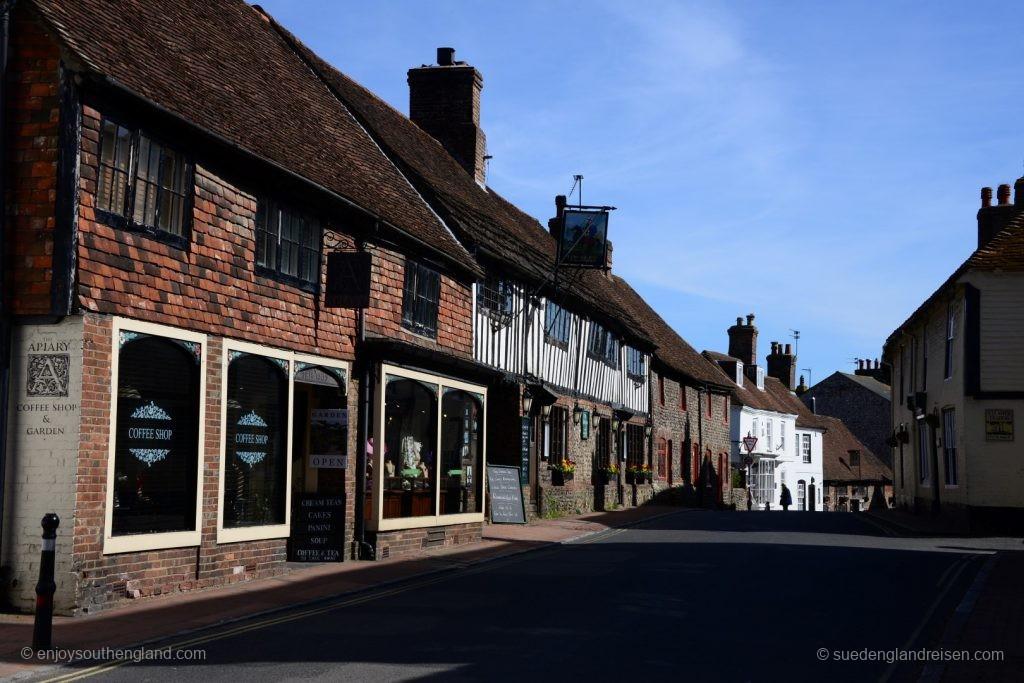 Alfriston in East Sussex ist ein wirklich wunderschön erhaltenes typisch altenglisches Dorf.