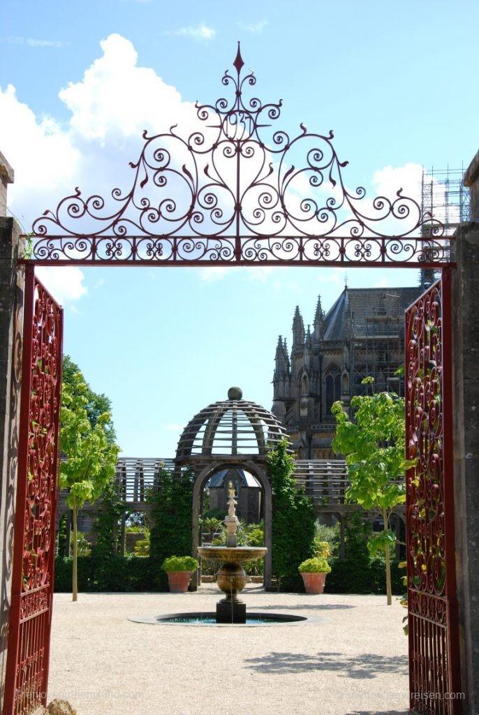Eingang zum Arundel Castle Garden