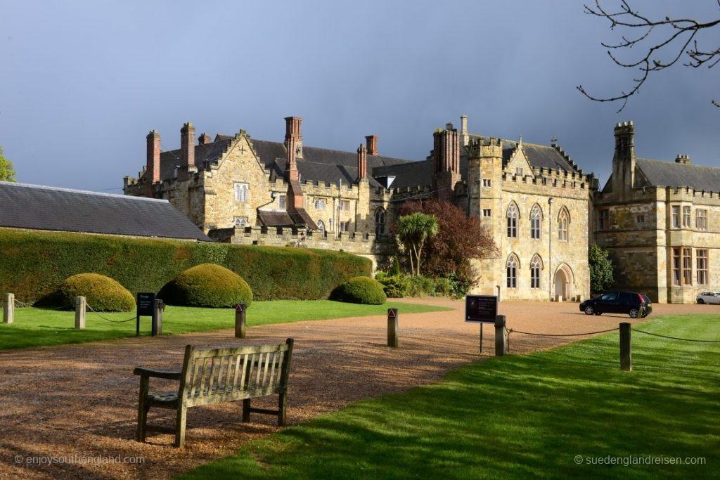 Battle (Hastings 1066) - dIe heute als Schule genutzte Anlage
