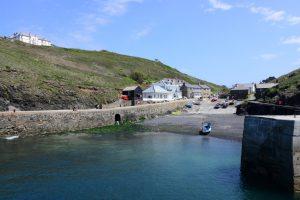 Mullion Cove, ein winziger Fischerhafen