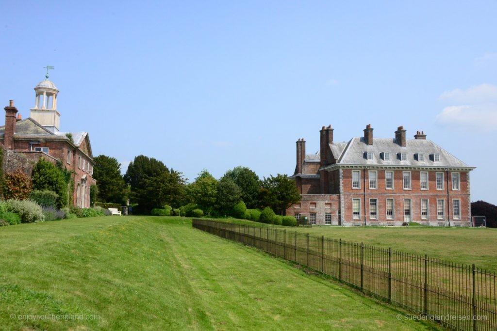 Wir entscheiden uns für einen Besuch von Uppark House and Garden...