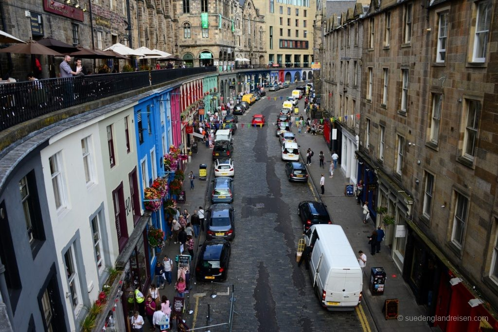 Die quirlige Victoria Terrace in Edinburgh