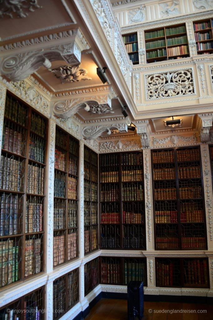 Prächtige Bücher in der Bibliothek von Blenheim Palace