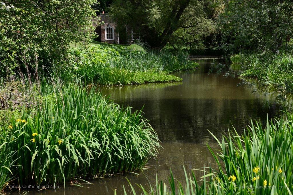 Newark Park - der See unterhalb des Hauses