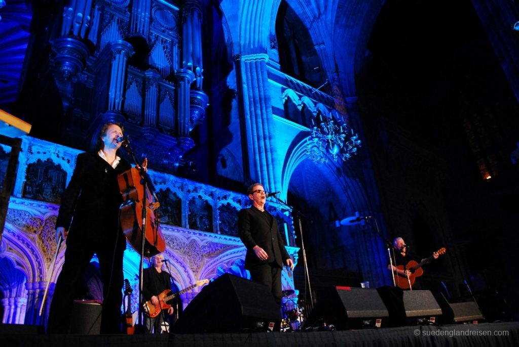 Konzert in der Exeter Cathedral (Oysterband mit June Tabor, Januar 2013)
