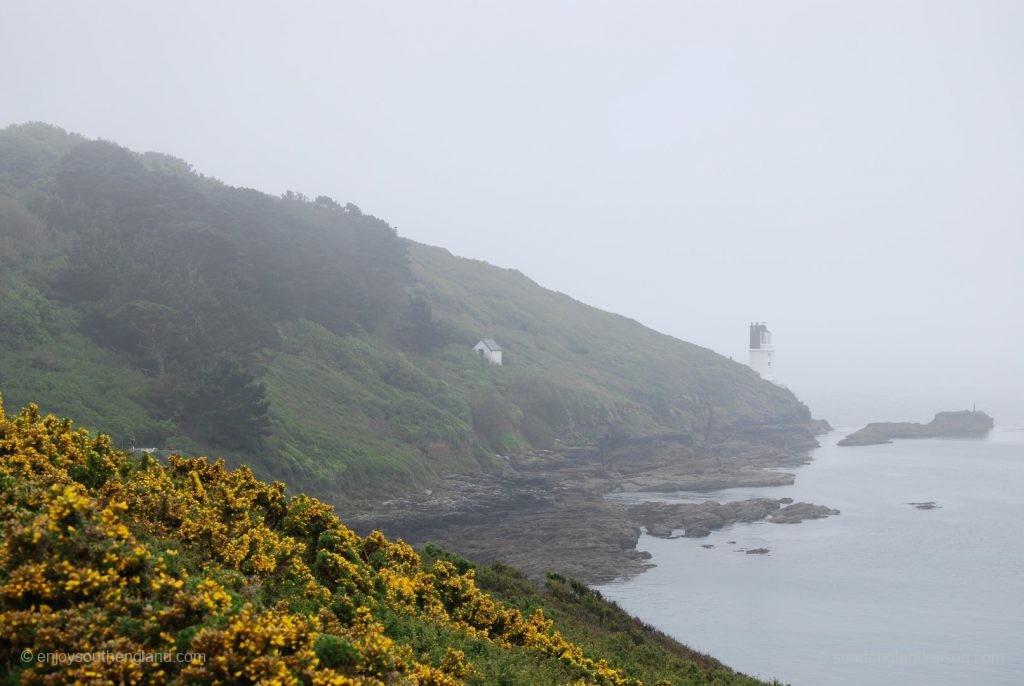 Roseland Peninsula im Nebel