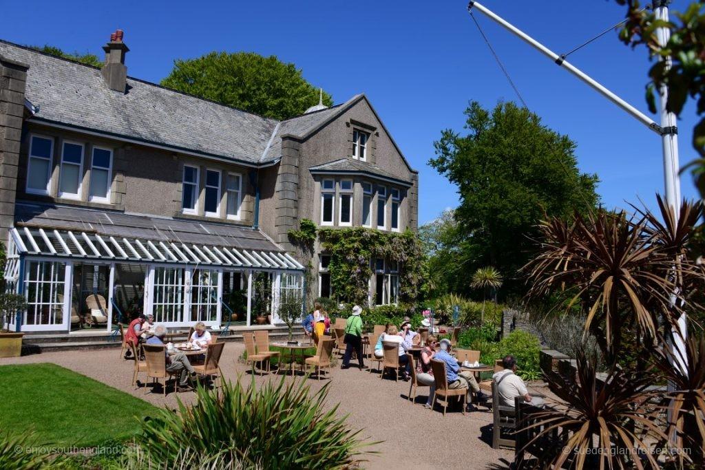 Das alte Herrenhaus in Overbeck's Garden ist zu besichtigen und beinhaltet einen Tea-Room