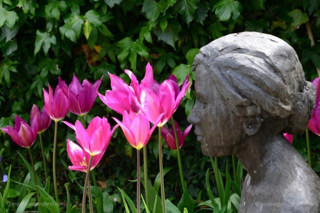 Skulptur im Pashley Manor Gardens