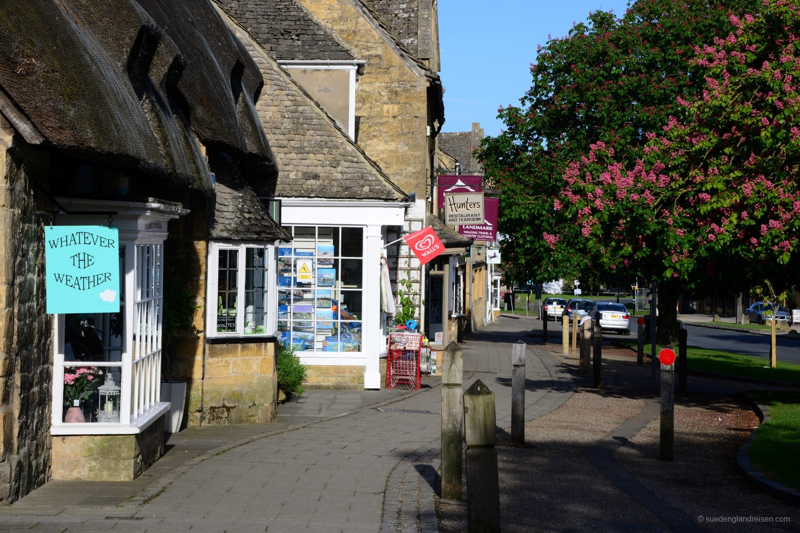 High Street in Broadway
