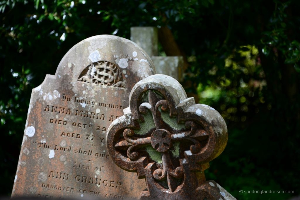 Castle Combe - am Friedhof