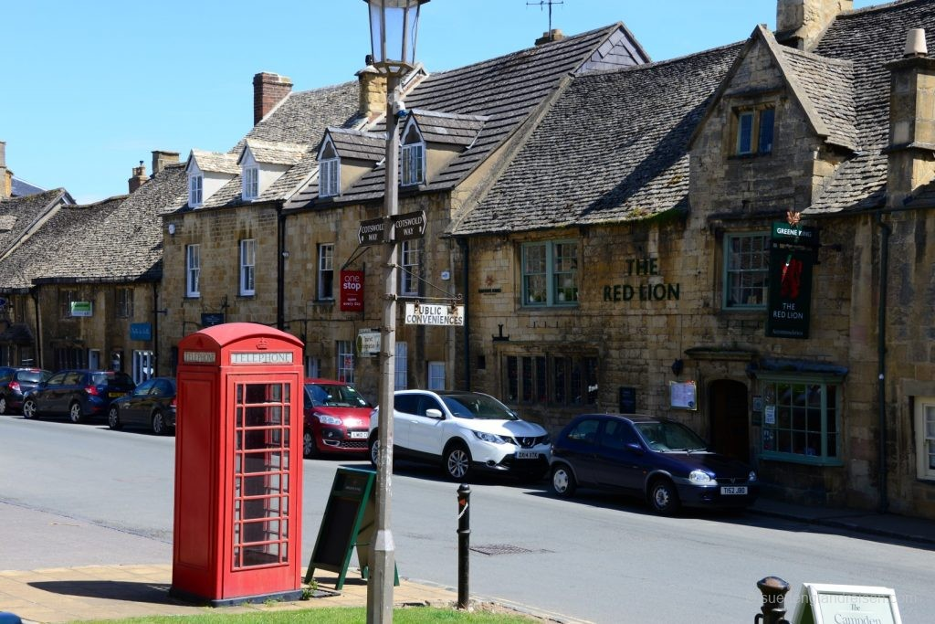 Downtown Chipping Camden