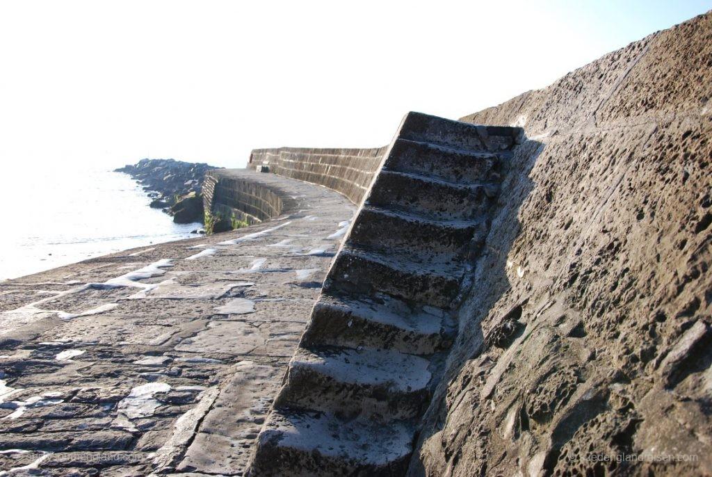 Lyme Regis - auf der mächten Hafenbefestigung