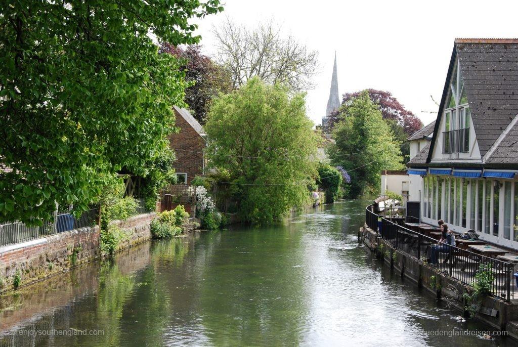 am Fluß in Salisbury