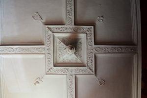 Deckendetail im Castle Menzies