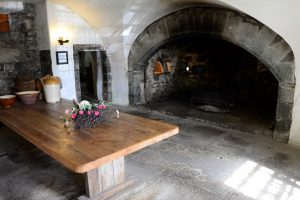 Alter Kamin im Castle Menzies