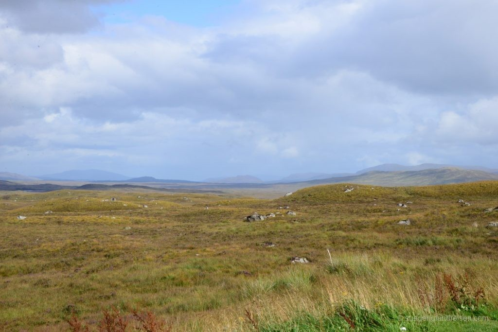 im Glencoe - nur wenige Kilometer weiter wirkt die Landschaft gleich ganz anders