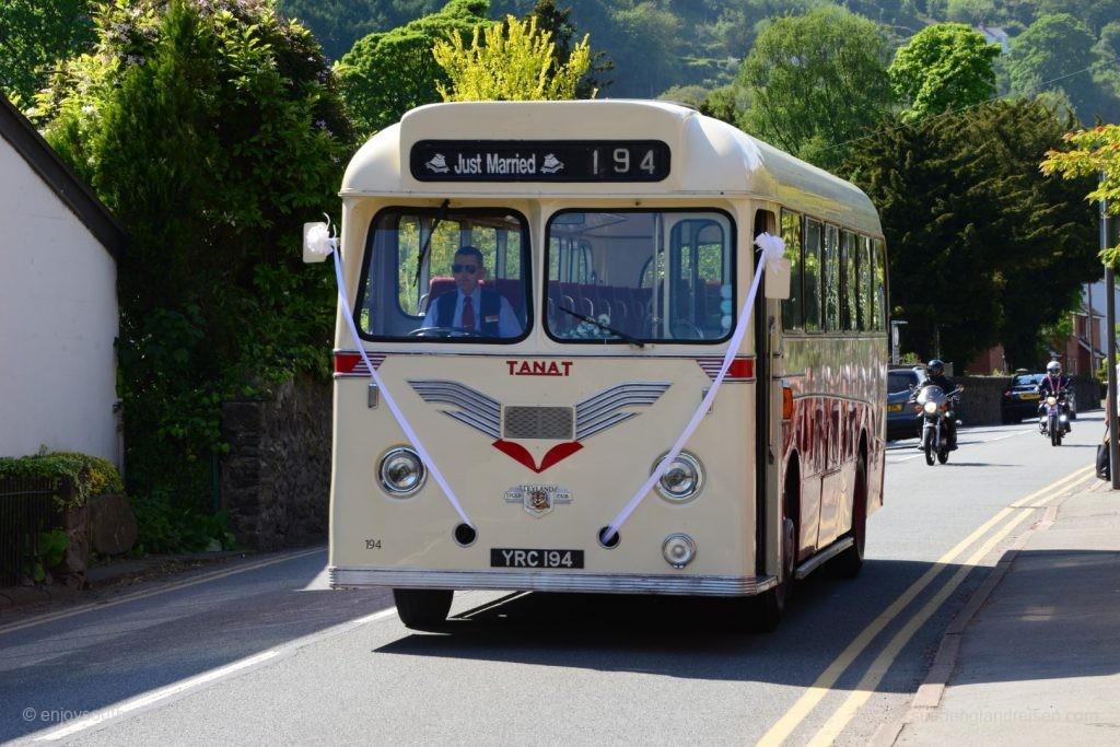 Alter Bus mit Stil