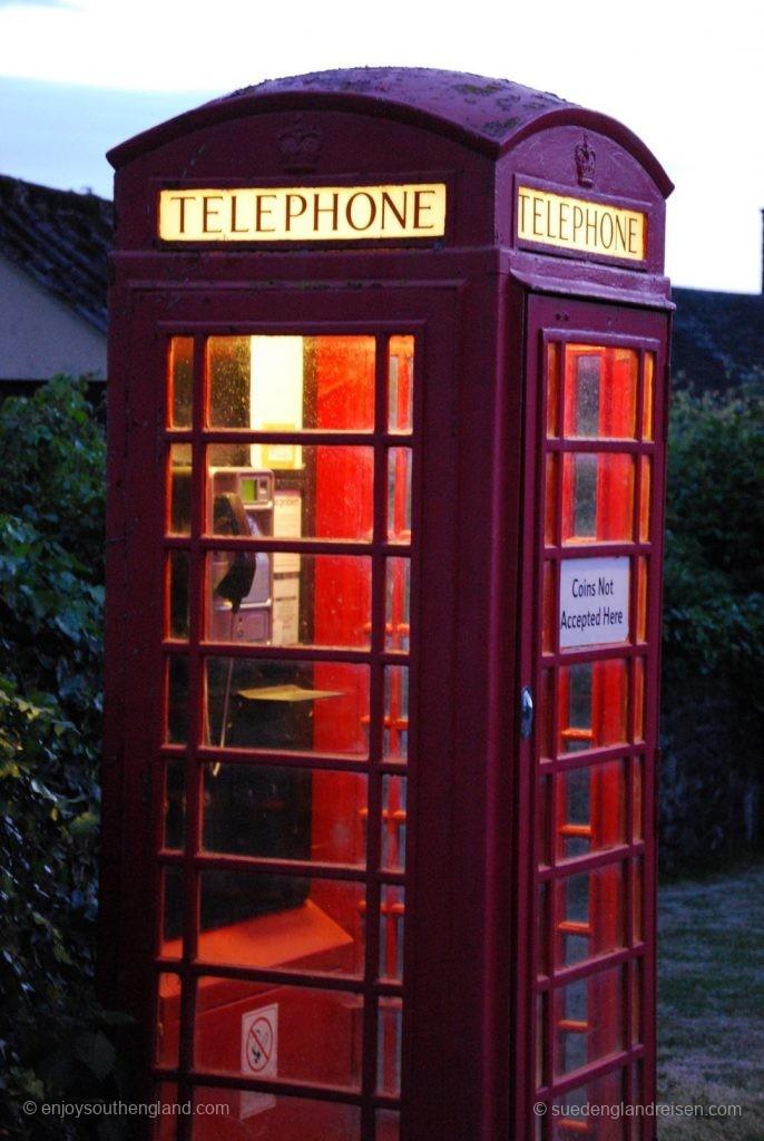 Die typischen roten Telefonzellen Englands